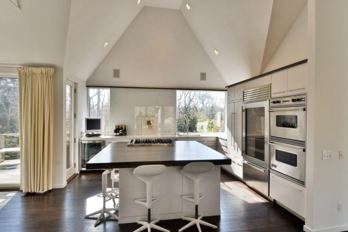 contemporary-redesign-traditional-peters-path-house-east-hampton-bruce-d-nagel-07