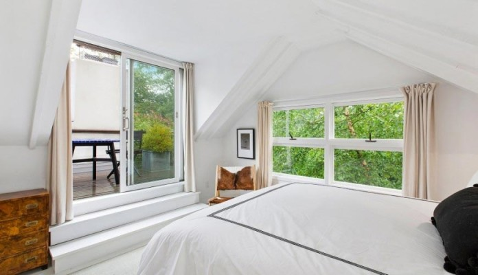 contemporary-redesign-traditional-peters-path-house-east-hampton-bruce-d-nagel-13