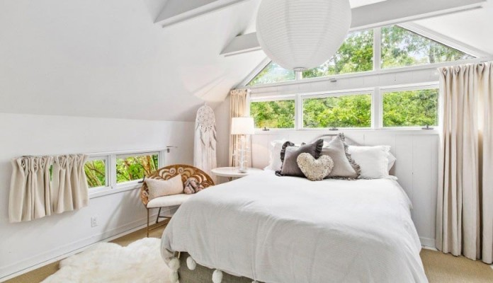 contemporary-redesign-traditional-peters-path-house-east-hampton-bruce-d-nagel-14