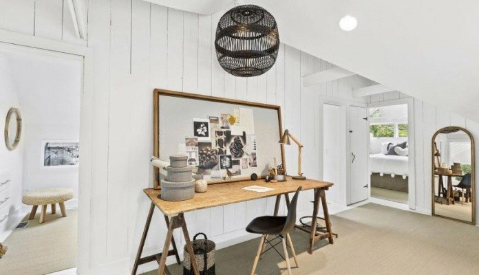 contemporary-redesign-traditional-peters-path-house-east-hampton-bruce-d-nagel-19