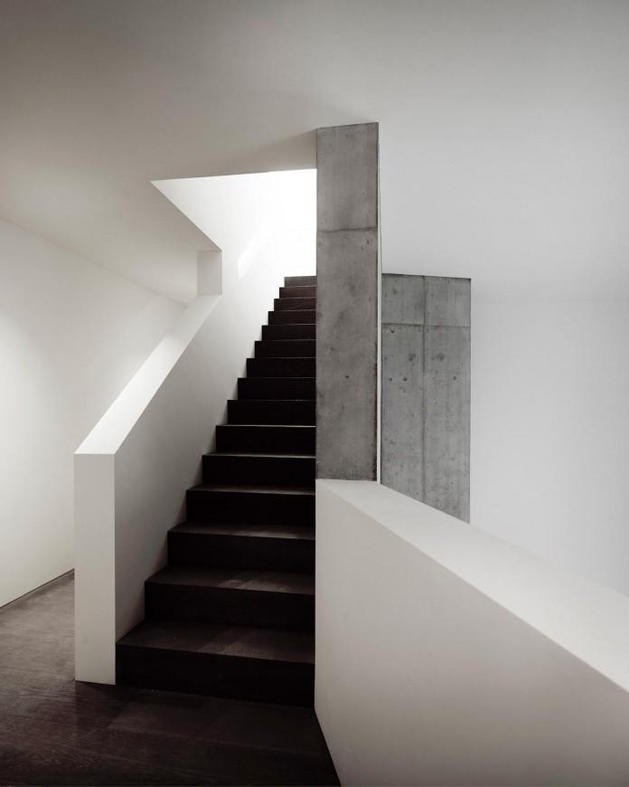 contemporary-villa-ensemble-near-zurich-afgh-17