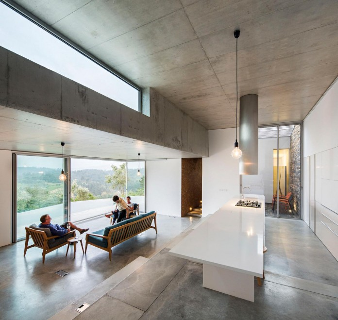 hill-home-in-gateira-near-vineyards-pines-olive-trees-camarim-arquitectos-21