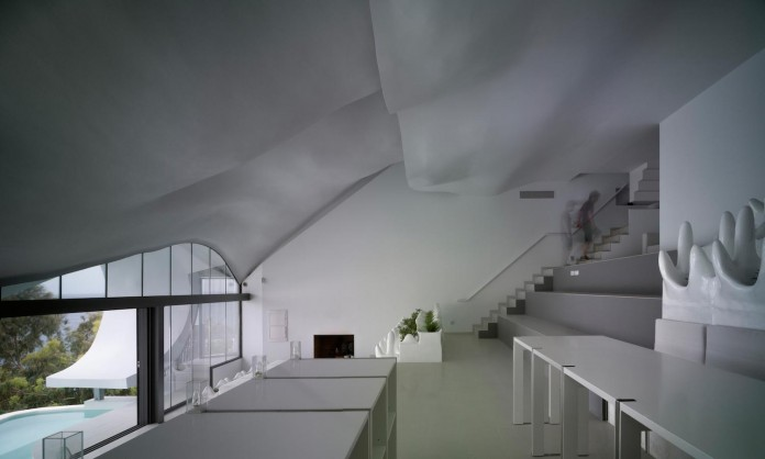 house-on-the-cliff-gilbartolome-architects-06