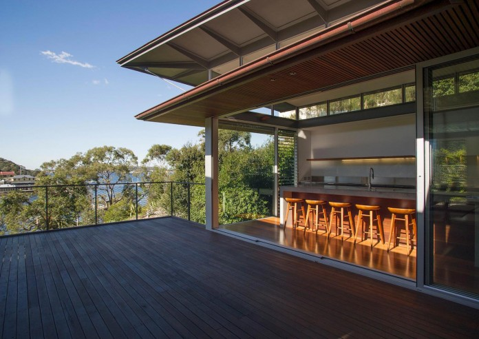 jodies-house-set-dramatic-steeply-sloping-site-views-beach-casey-brown-architects-07
