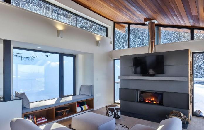 laurentian-ski-chalet-lac-archambault-quebec-robitaille-curtis-03