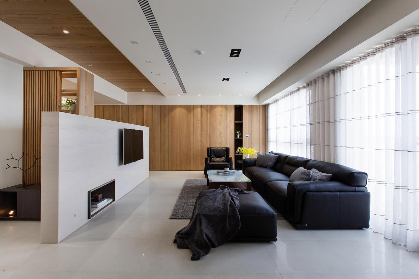 Lu s home apartment in kaohsiung city taiwan by pmd for Comedor minimalista