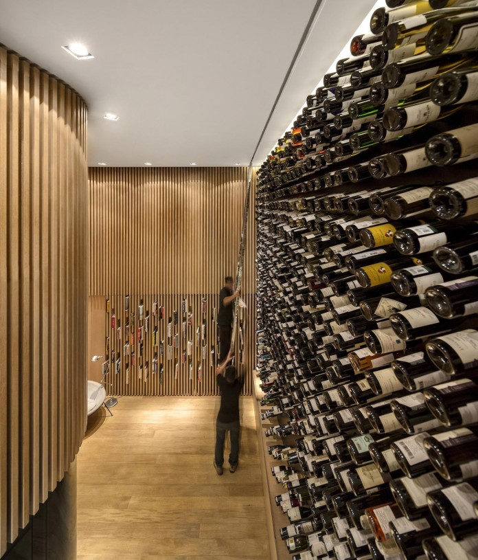 mistral-wine-store-sao-paulo-brazil-studio-arthur-casas-02