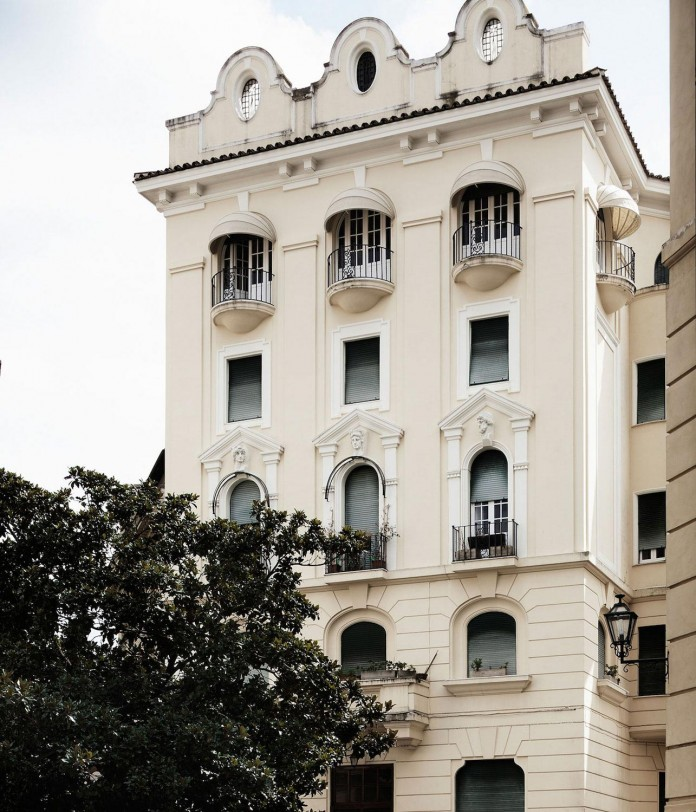modern-apartment-pale-colours-young-couple-rome-quincoces-drago-partners-01