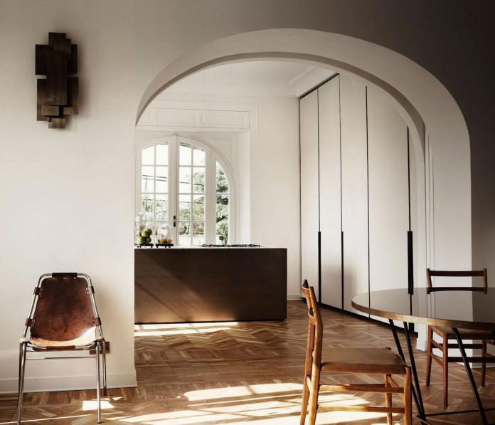 modern-apartment-pale-colours-young-couple-rome-quincoces-drago-partners-03