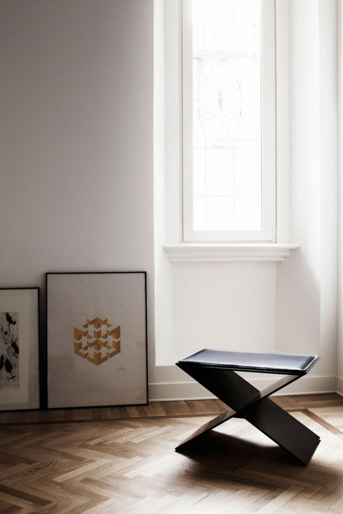 modern-apartment-pale-colours-young-couple-rome-quincoces-drago-partners-10