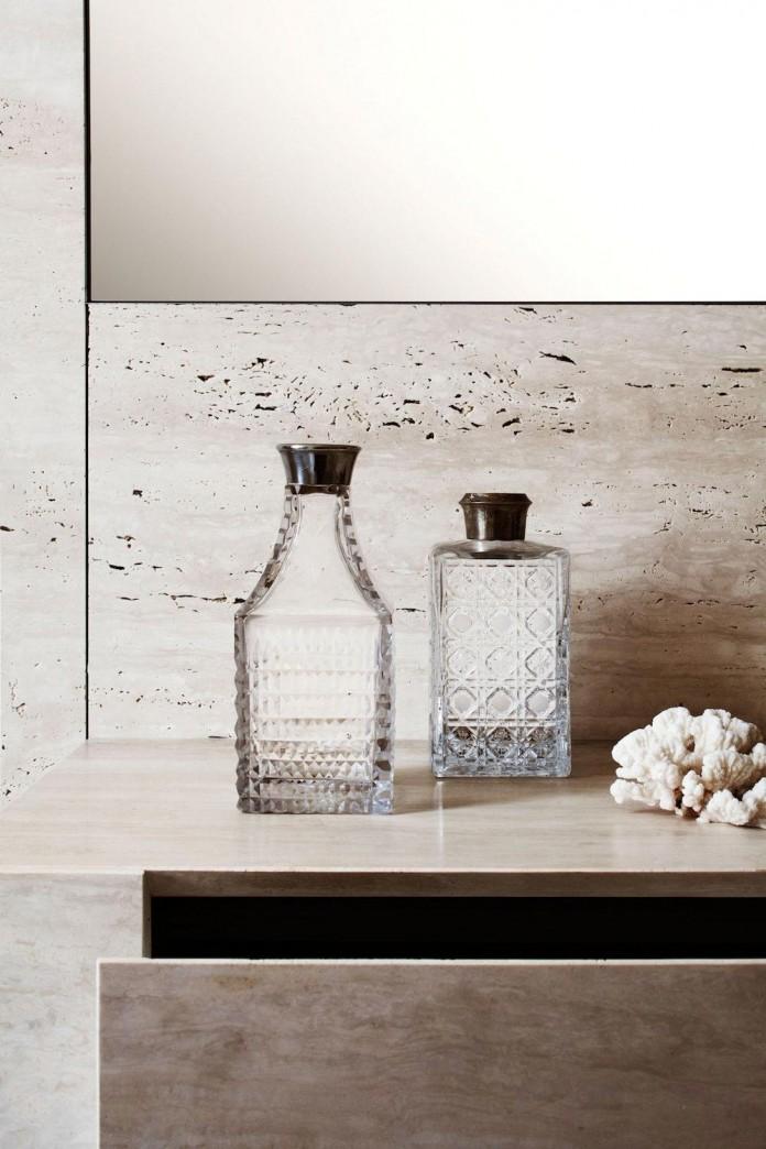 modern-apartment-pale-colours-young-couple-rome-quincoces-drago-partners-16