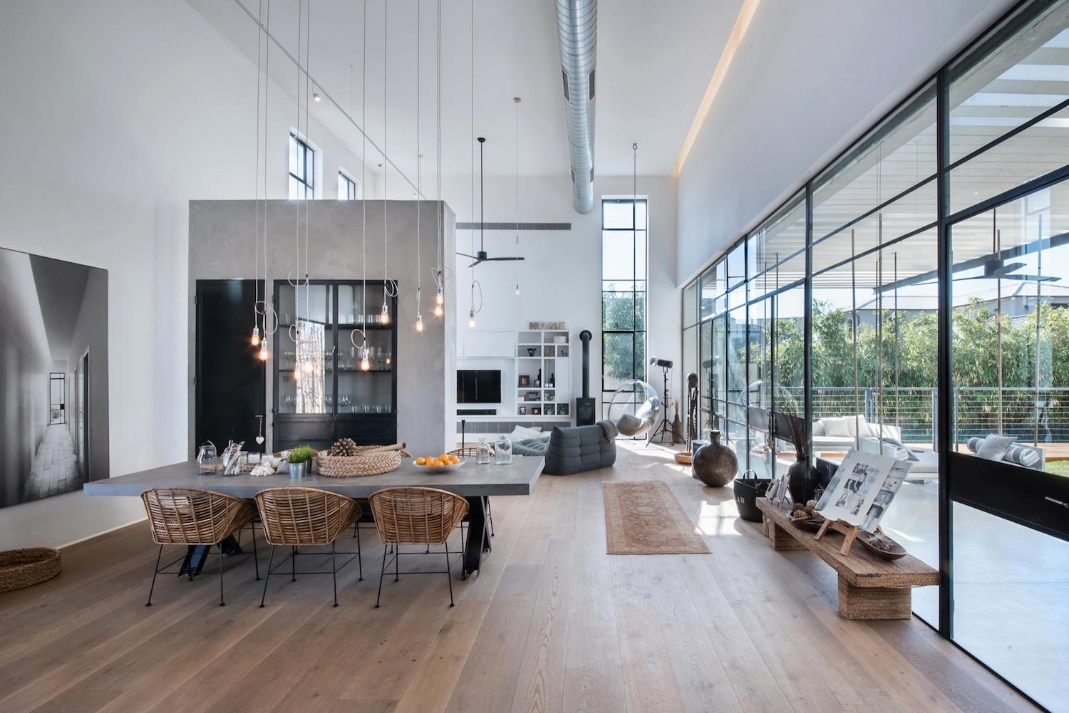 Modern Design of Savion Residence by Neuman Hayner Architects - CAANdesign | Architecture and home design blog