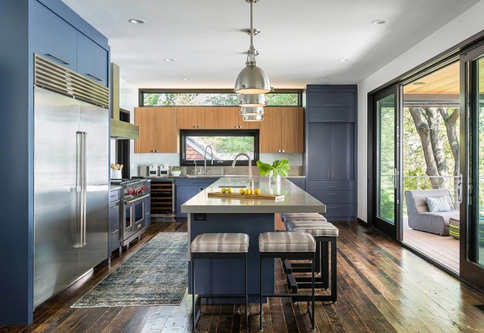 modern-lake-edge-home-excelsior-minnesota-rehkamp-larson-architects-brooke-voss-design-05