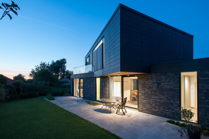 Modern Villa U in Aarhus Denmark by CF Mller CAANdesign