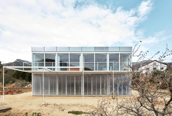 oe-house-fake-industries-architectural-agonism-aixopluc-05