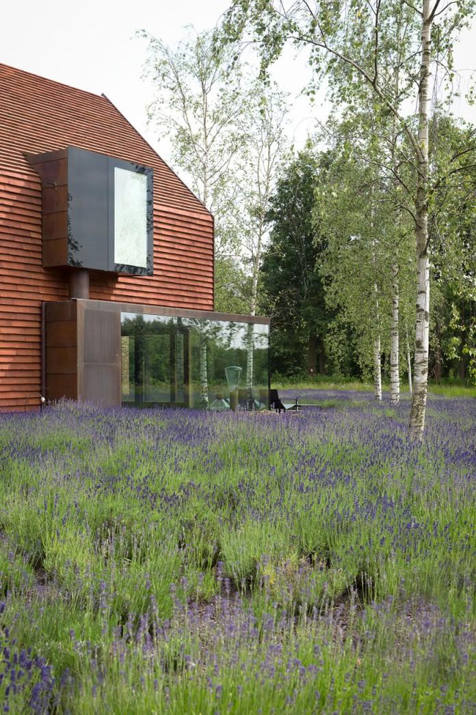 pascal-francois-architects-design-minimalist-barn-type-olmen-home-balen-belgium-02