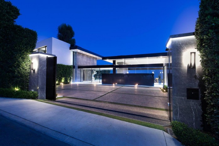 Stradella Ultramodern Masterpiece Home On The Hollywood