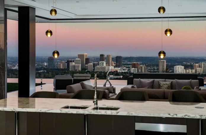 stradella-ultramodern-masterpiece-home-hollywood-hills-designed-paul-mcclean-15