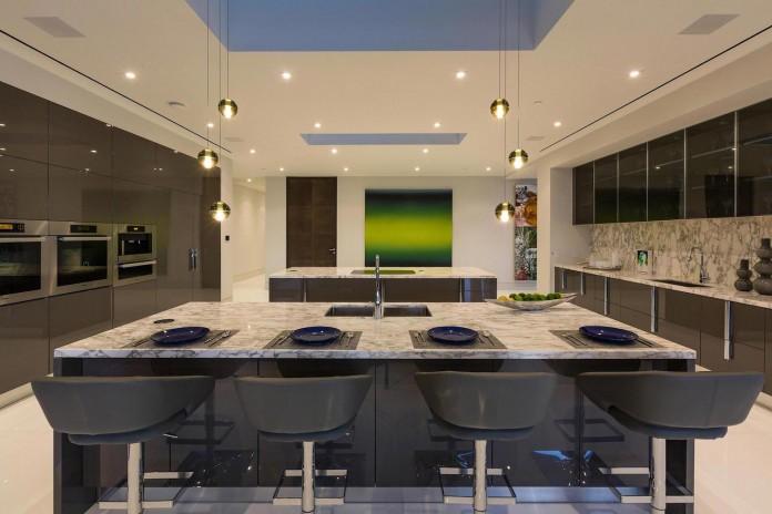stradella-ultramodern-masterpiece-home-hollywood-hills-designed-paul-mcclean-32