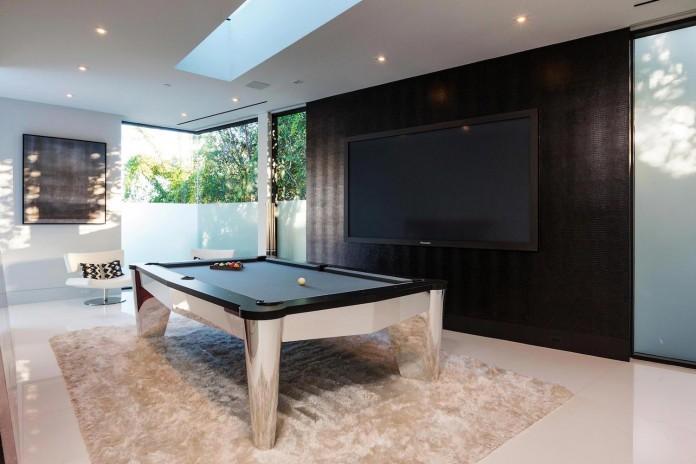 stradella-ultramodern-masterpiece-home-hollywood-hills-designed-paul-mcclean-35