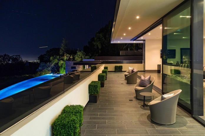 stradella-ultramodern-masterpiece-home-hollywood-hills-designed-paul-mcclean-40