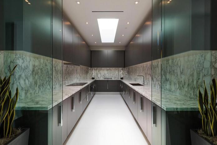 stradella-ultramodern-masterpiece-home-hollywood-hills-designed-paul-mcclean-41