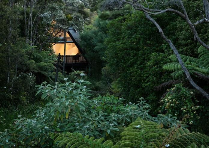tent-house-waiheke-island-chris-tate-architecture-02