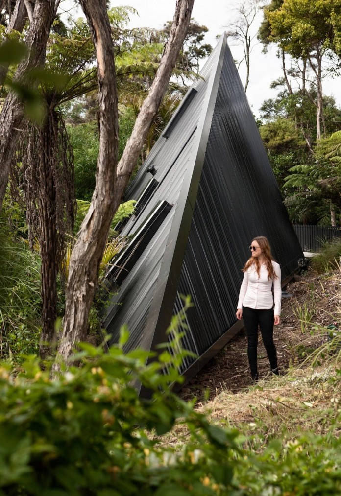 tent-house-waiheke-island-chris-tate-architecture-03