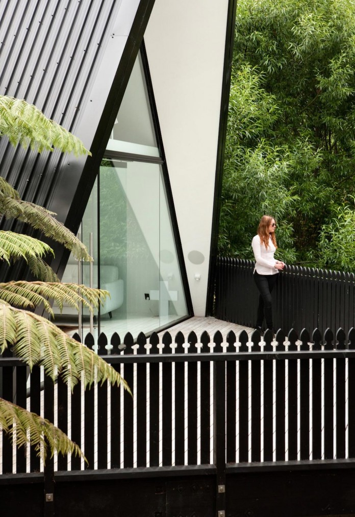 tent-house-waiheke-island-chris-tate-architecture-04