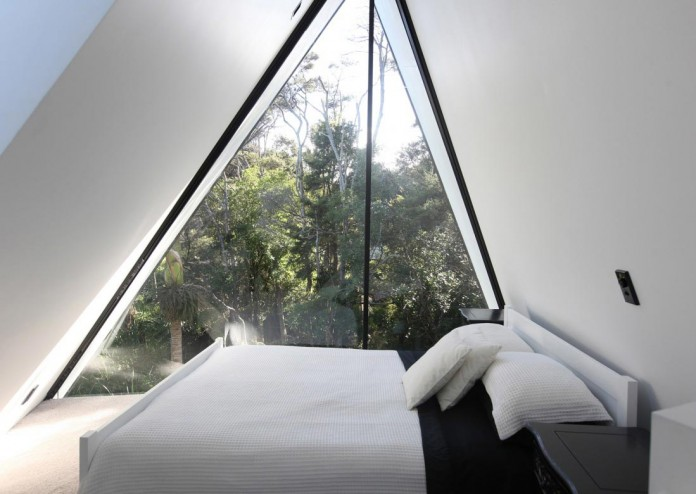 tent-house-waiheke-island-chris-tate-architecture-11