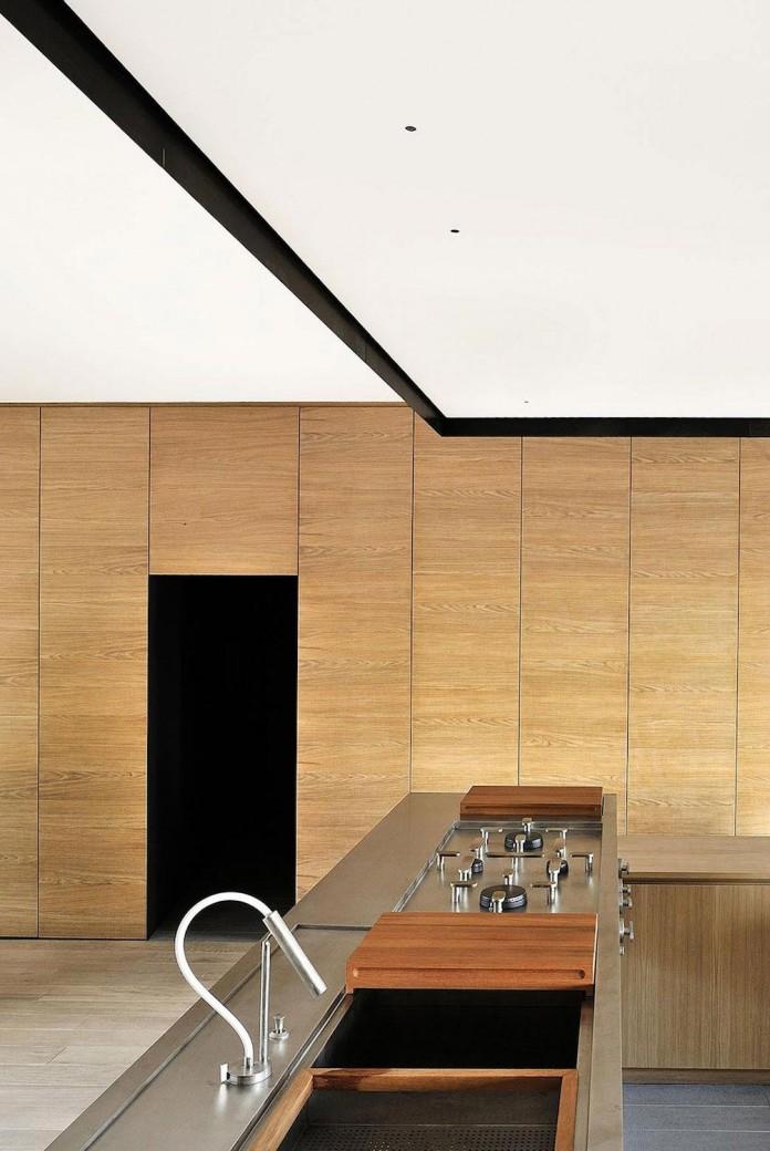 wood-iron-apartment-varese-italy-designed-luca-compri-11