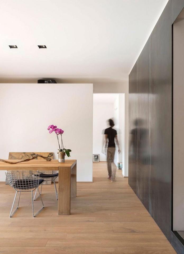 wood-iron-apartment-varese-italy-designed-luca-compri-13