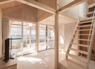 Wooden House in Shinkawa, Sapporo by Yoshichika Takagi
