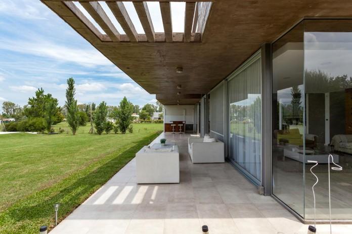 17x17-contempoary-house-funes-matias-imbern-06