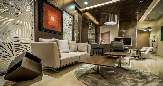 7500-square-foot-modern-wall-house-skywardinc-architects-10