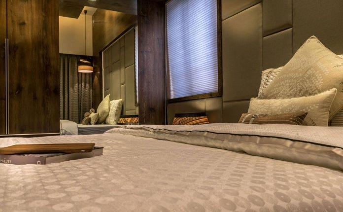 7500-square-foot-modern-wall-house-skywardinc-architects-19