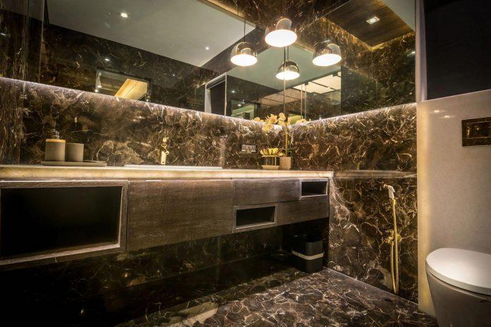 7500-square-foot-modern-wall-house-skywardinc-architects-30