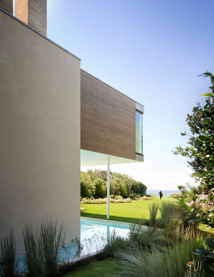 Steven-Harris-Architects-design-the-modern-The-Surfside-Residence-in-East-Hampton-04