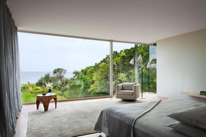 Steven-Harris-Architects-design-the-modern-The-Surfside-Residence-in-East-Hampton-13