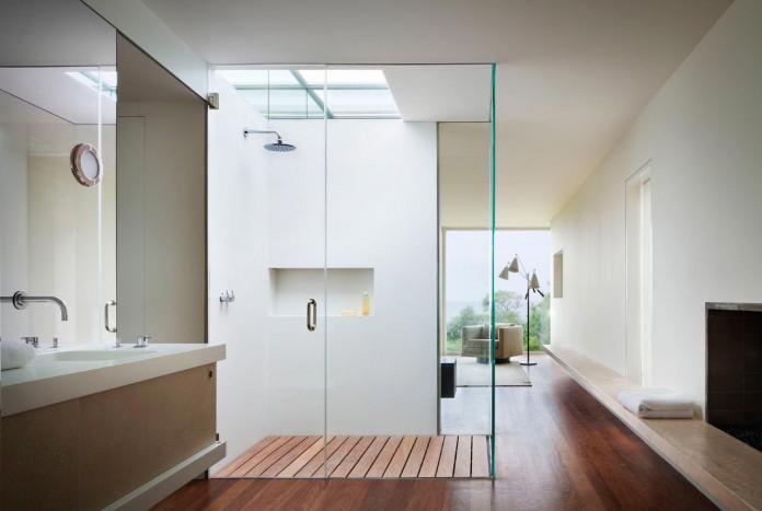 Steven-Harris-Architects-design-the-modern-The-Surfside-Residence-in-East-Hampton-14