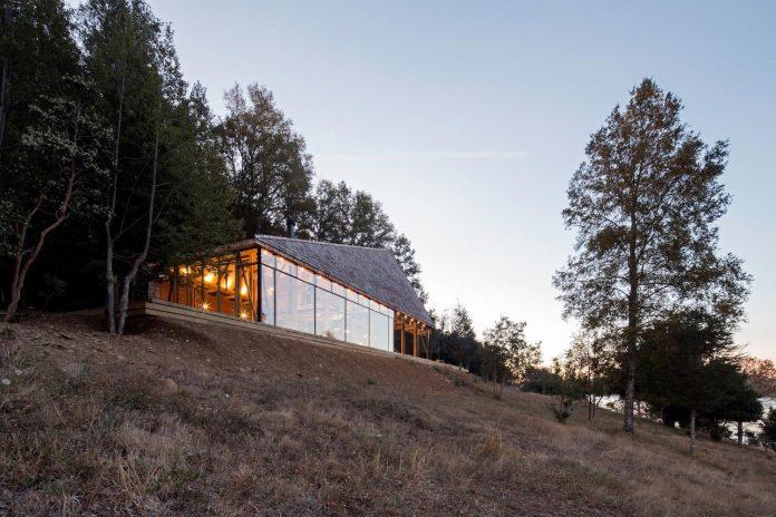 abestudio-design-barbecue-house-lago-panguipulli-11