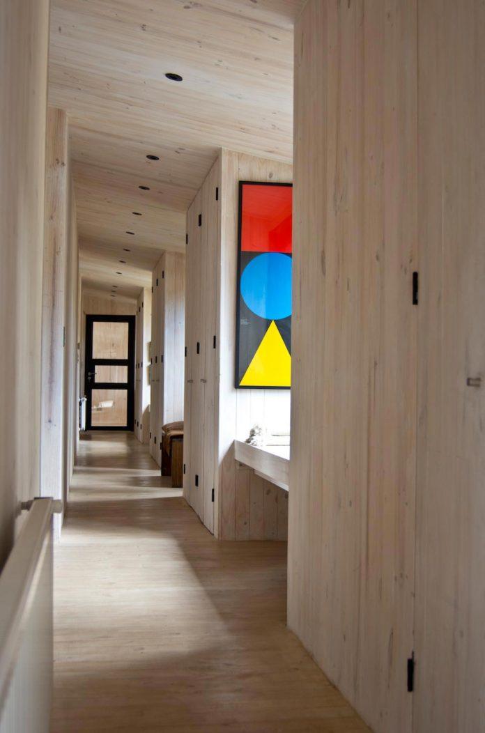 alfredo-comandari-design-aguas-claras-house-located-midst-eucalyptus-forestp-15