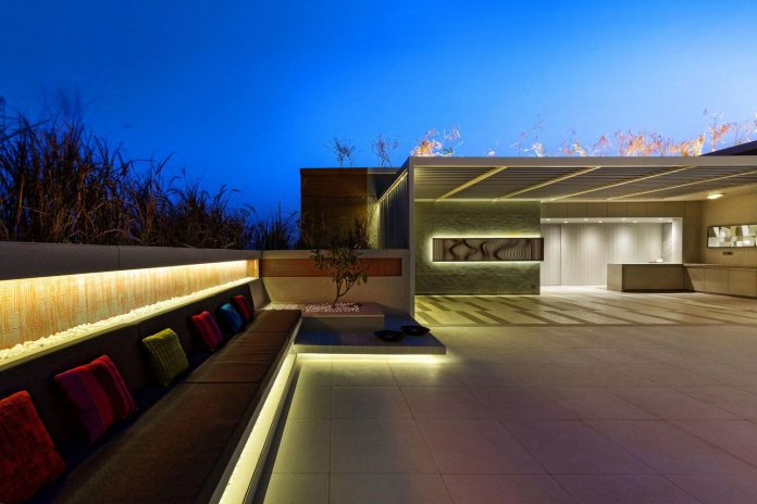 apical-reform-design-futuristic-1102-penthouse-ahmedabad-india-12