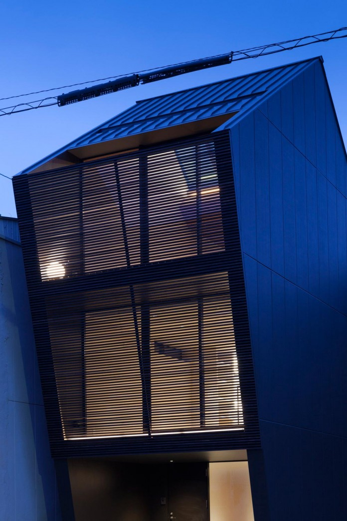 Apollo Architects Design Nest Small Steel Frame Structure