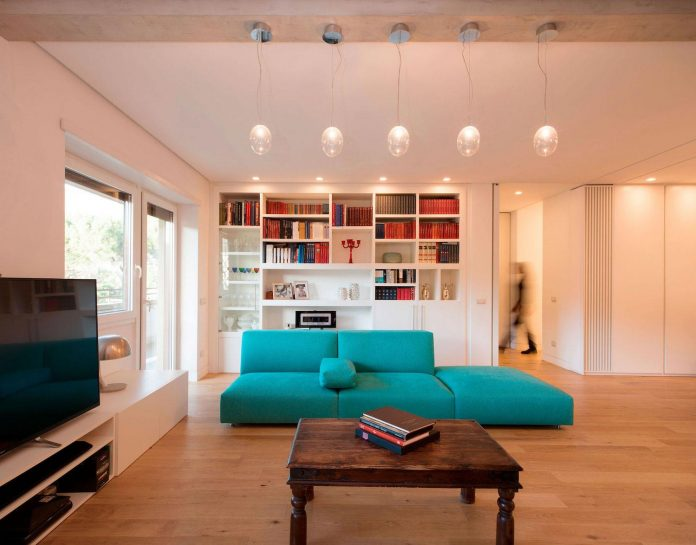 arabella-rocca-design-chic-trastavere-apartment-located-rome-italy-03