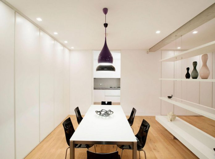 arabella-rocca-design-chic-trastavere-apartment-located-rome-italy-10