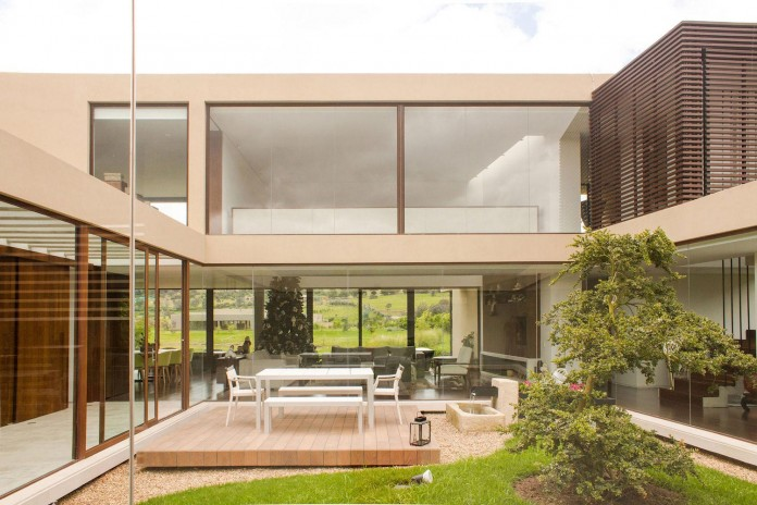 arquitectura-en-estudio-design-casa-5-contemporary-home-small-yard-inside-05