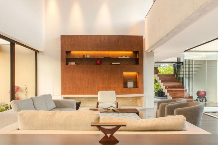 arquitectura-en-estudio-design-casa-5-contemporary-home-small-yard-inside-07