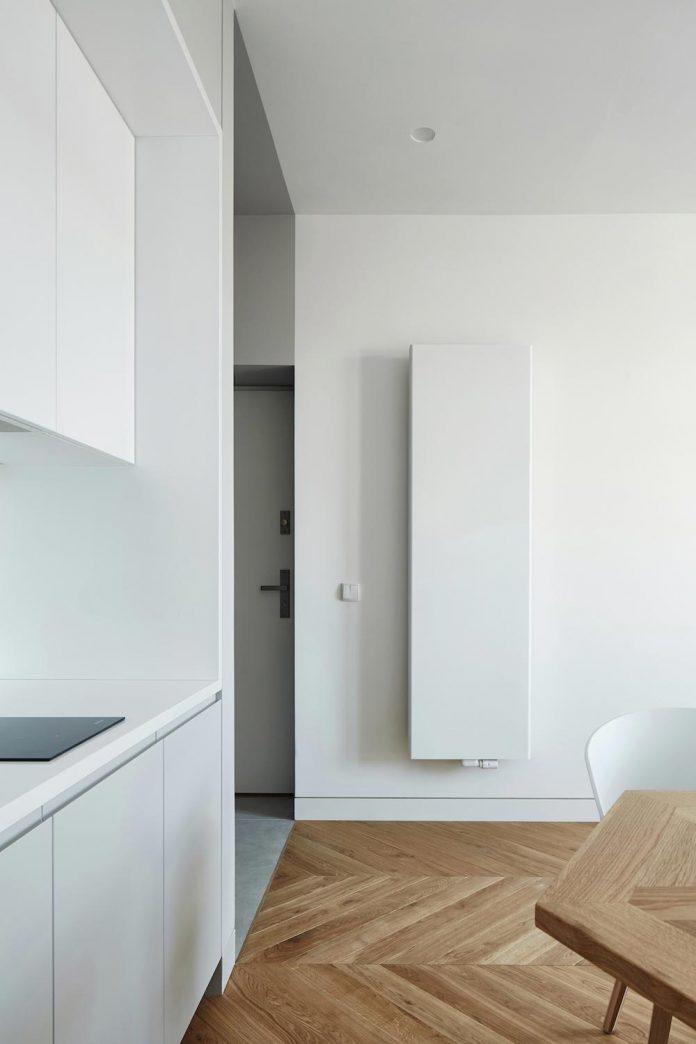 blackhaus-design-tiny-daniel-apartment-near-historic-centre-krakow-krakow-poland-06
