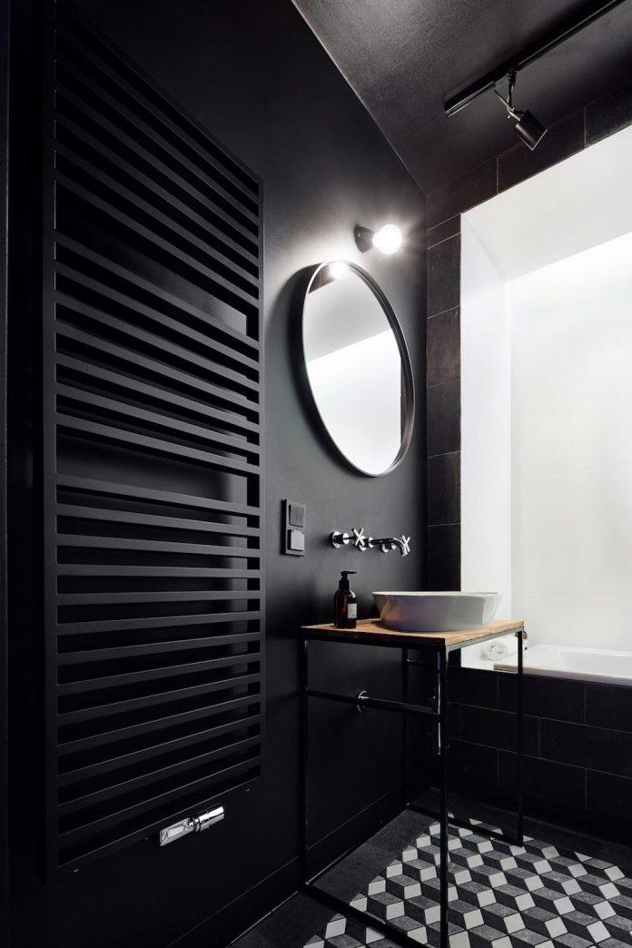 blackhaus-design-tiny-daniel-apartment-near-historic-centre-krakow-krakow-poland-08